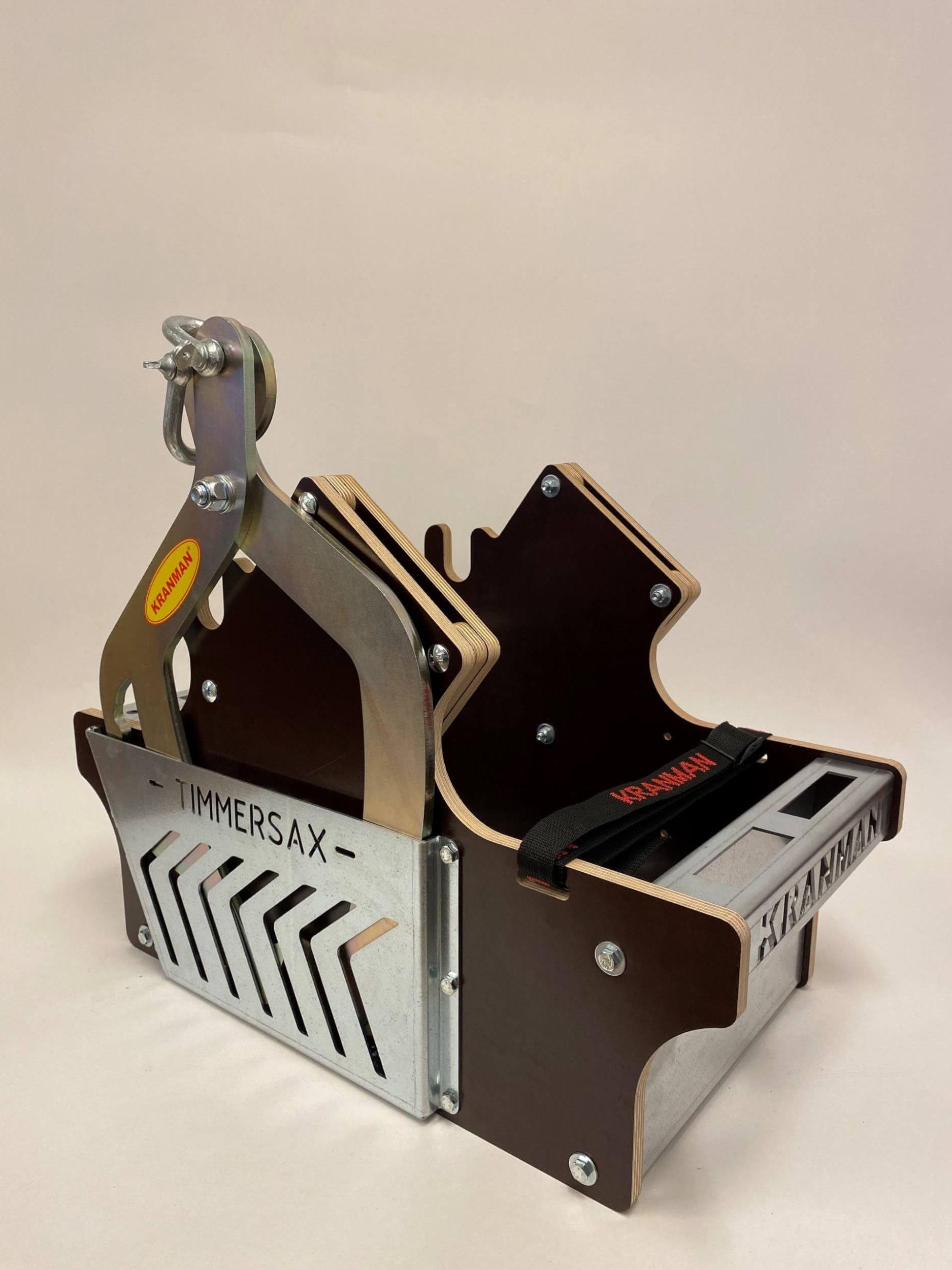 Motorsåglåda för atv med förvaring till timmersax